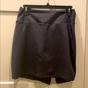 Nike dark grey dry fit tennis skirt (size small)
